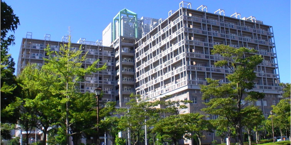 神戸市立西神戸医療センター